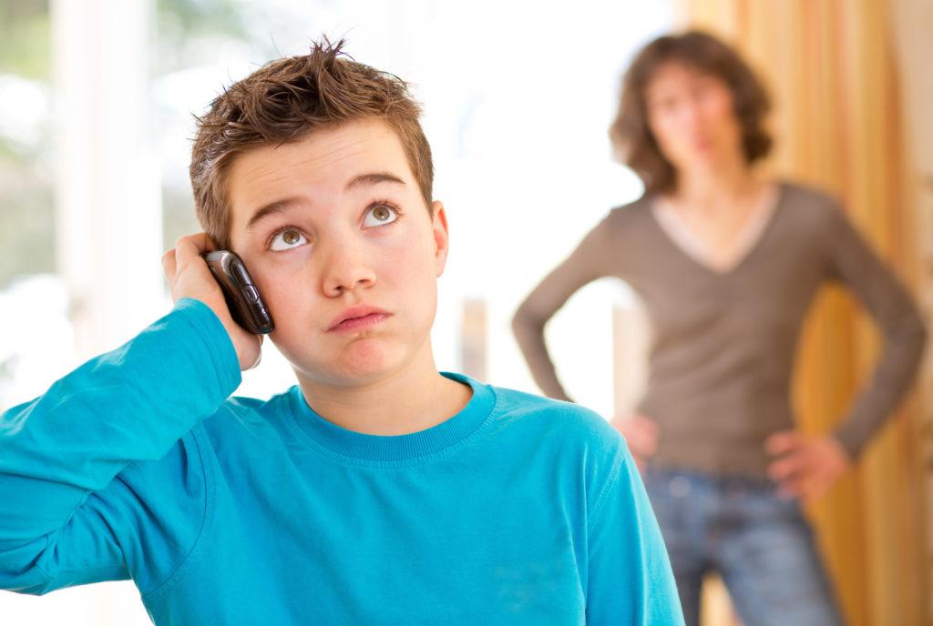 Adolescence : confrontation avec les parents